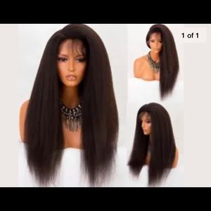Yacky lace front this wig is kinky